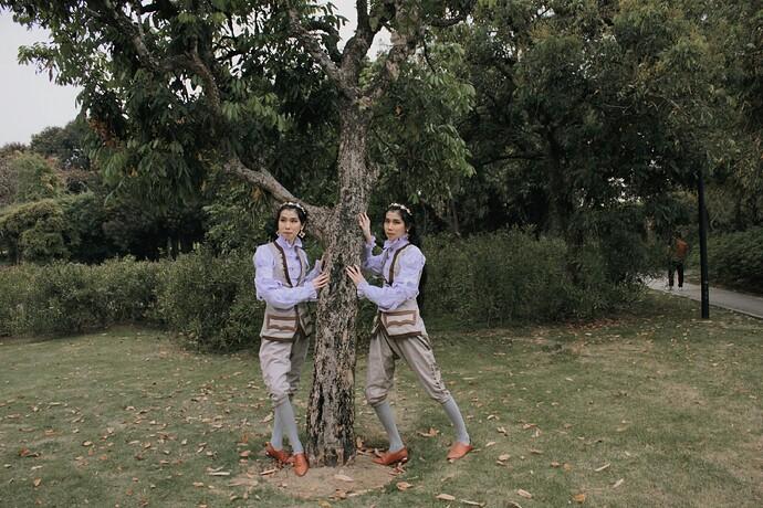树下二人02_mh1618204092754