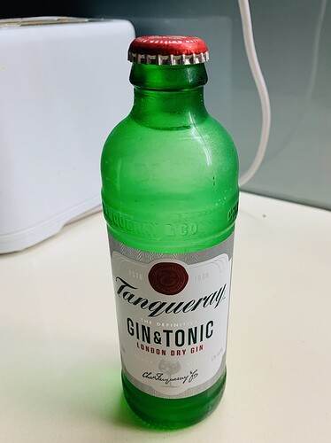 Tanqueray London Dry Gin Tonic